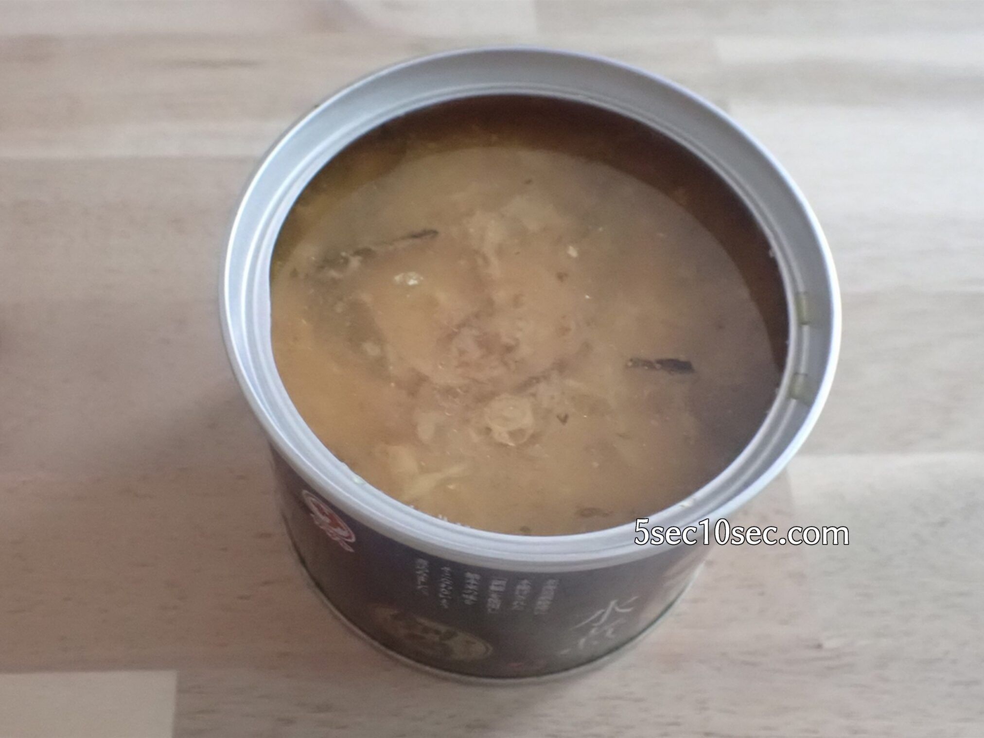 株式会社マルサ笹谷商店 北海道釧路産 高級さば水煮缶詰 開封写真、缶詰を開けた写真