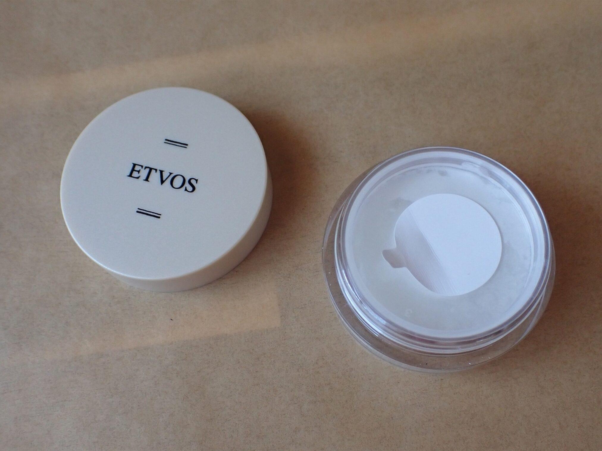 エトヴォス ETVOS パーフェクトキット ナイトミネラルファンデーション 1g 内蓋の白いシールをはがしてから使い始めます